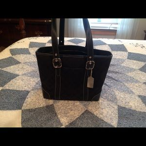 🔥 💯 Authentic Black Coach Tote Bag 🔥 Like New!